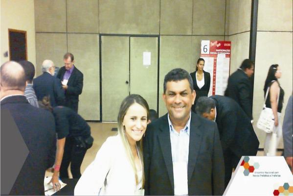 Valéria e Manin Leal no encontro Nacional de Prefeitos no DF.