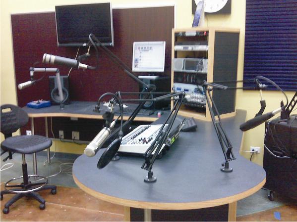 estudi-de-radio1
