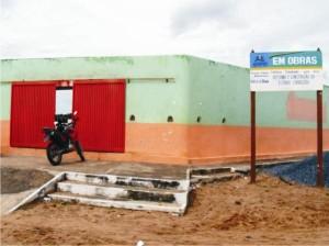 A reconstrução do Cardosão está sendo feita com dinheiro da prefeitura.