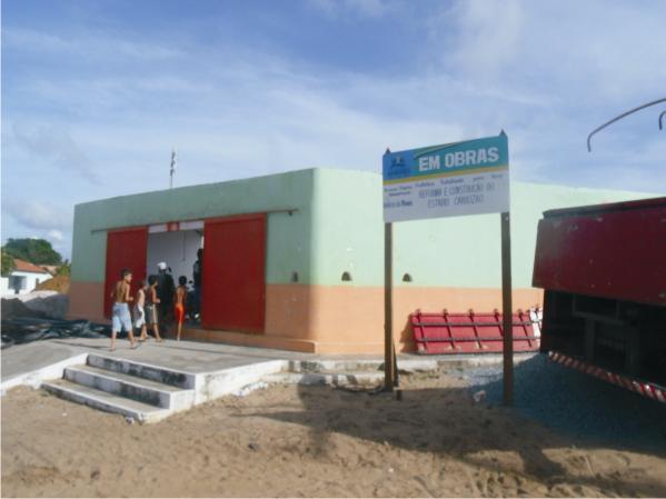 A reconstrução do estádio está sendo feita com recursos municipais.