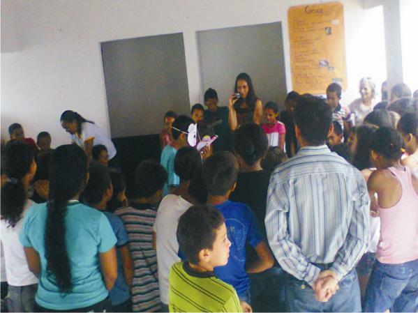 Jaqueline Carneiro, secretária de educação esteve na abertura da 1ª Semana de Literatura do Marcondes Caldas.