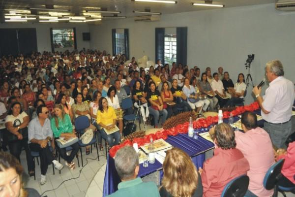 Conferência de Chapadinha reuniu prefeitos, secretários, professores, gestores educacionais e sociedade civil Foto/Lauro Vasconcelos