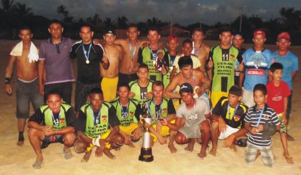 BFC é o campeão da Taça São Pedro de Futebol 2013.