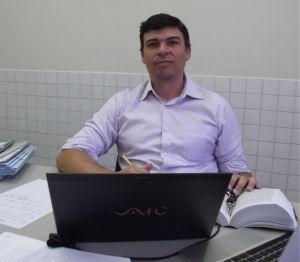 Dr. Marcelo Fontenele Viiera