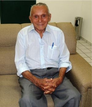 José Alves, logo após ser recebidopelaprefeita Valéria do Manin, em 5 de junho de 2013