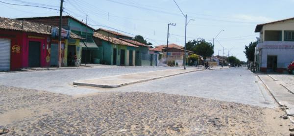 Pavimentação com bloqutes não foi concuída mas a empresa já recebeu todos os recursos da Prefeitura de Araioses