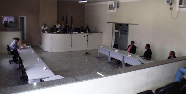Oposição se ausentou para não votar a LDO.