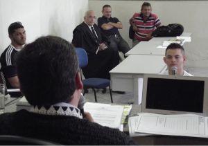 Junior sendo interrogado pelo Dr. Marcelo