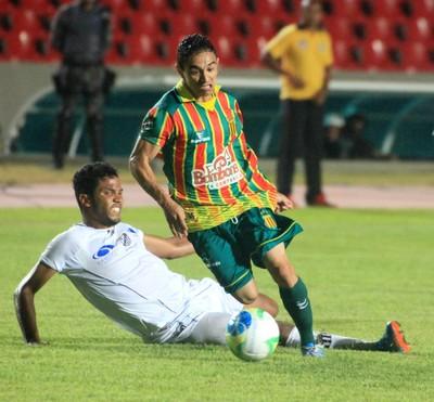 Bota e Sampaio chegam a acordo, e Pimentinha defenderá o Alvinegro nesta temporada (Foto: De Jesus/O Estado)