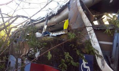 1_nibus_da_Guanabara_capota_deixando_um_morto_e_v_rios_feridos_nessa_madrugada (1)
