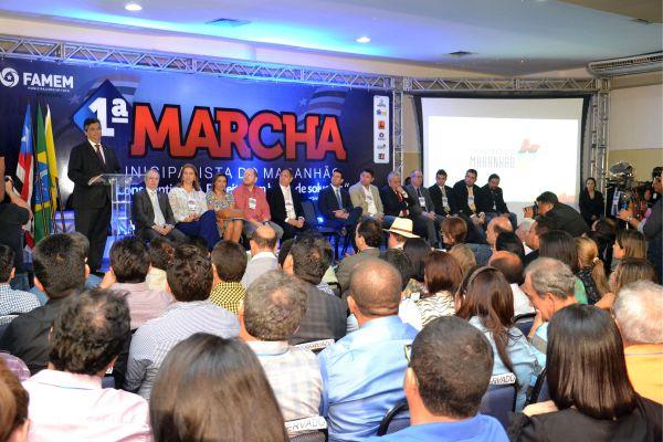 dino-marcha-municipalista