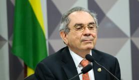 Para o  senador Raimundo Lira, não há cartas marcadas na Comissão Especial do ImpeachmentArquivo/Marcelo Camargo/Agência Brasil