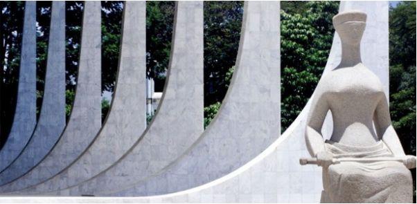 justica-estatua